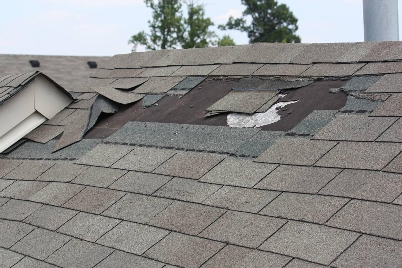 Repairing Damaged Roof Tiles